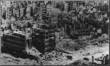 Dresden ruins 490