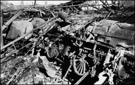Wrecked train WW2 London 600